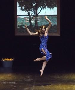 Диана Вишнева в балете Каролин Карлсон «Женщина в комнате»